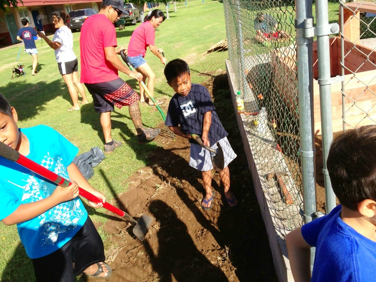 New Garden Sprouts at Kahului Elementary